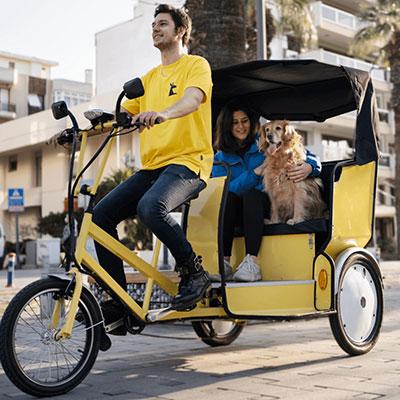Bisiklet taksi girişimi Kanguru, İzmir'de faaliyete geçti